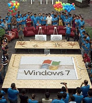 windows-7-domino-by-employees